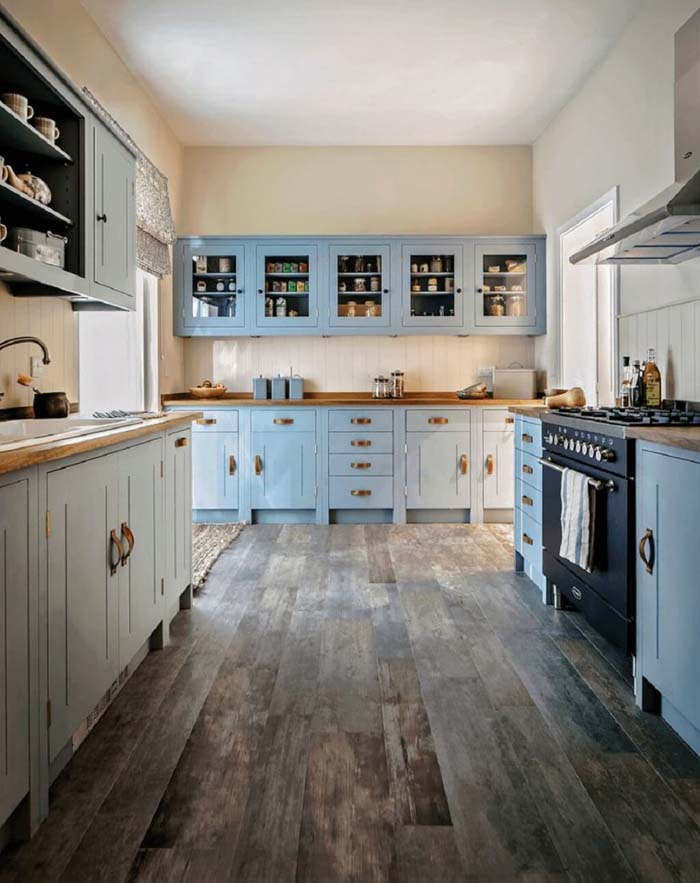 Blue Rustic Cabinets with Top Open Face #farmhouse #kitchen #cabinet #decorhomeideas