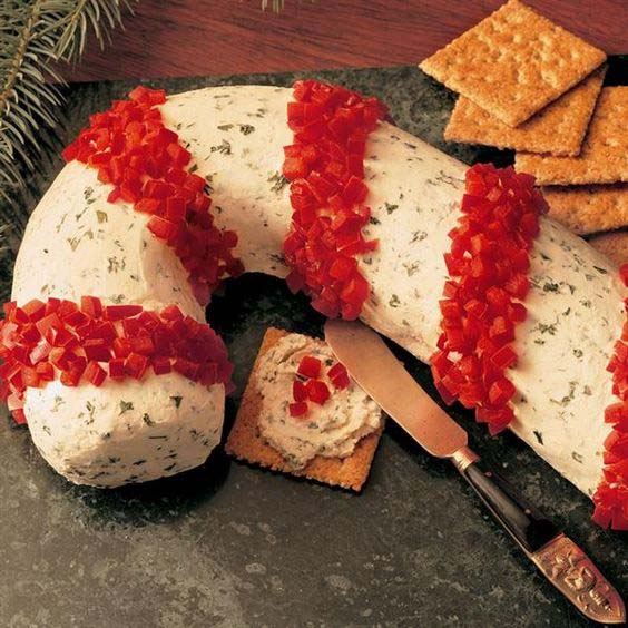 Candy Cane Cheese Spread #Christmas #cheeseball #cheese #appetizers #decorhomeideas
