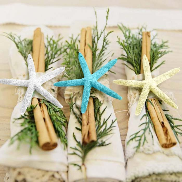 Coastal Christmas Napkins #diy #coastal #christmas #decorhomeideas