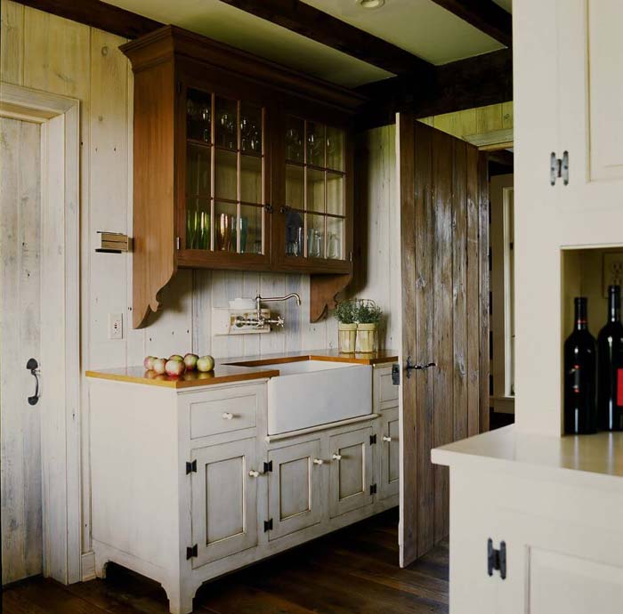 Contrast Cabinets with Dark Wood and Distress White #farmhouse #kitchen #cabinet #decorhomeideas