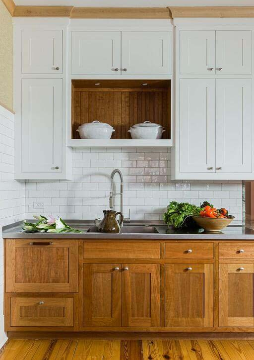 Contrast Cabinets with Raw Wood and White #farmhouse #kitchen #cabinet #decorhomeideas
