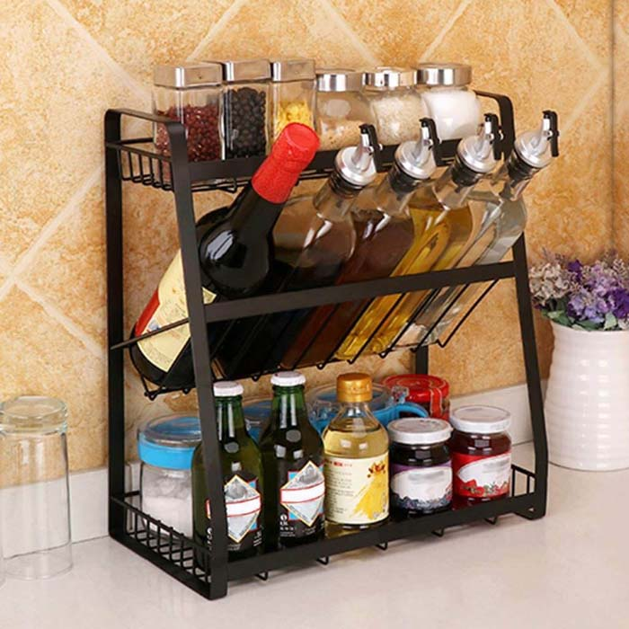 Countertop Spice and Bottle Organizer #smallkitchen #storage #organization #decorhomeideas