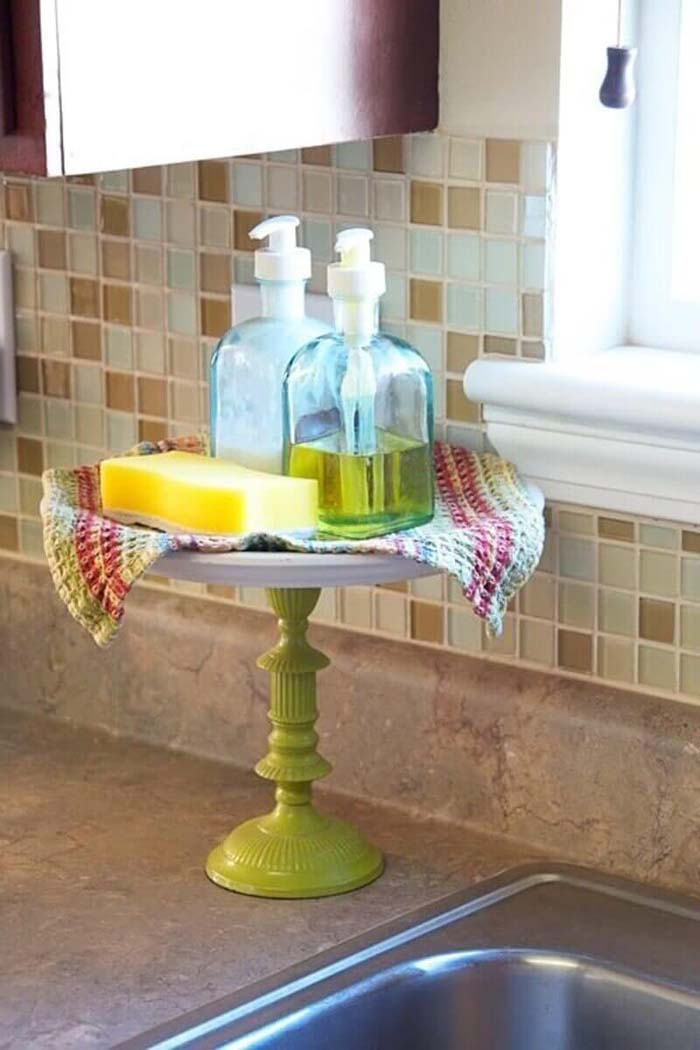 Cute Cake Plate for Soaps and Sponges #kitchen #countertop #organization #decorhomeideas
