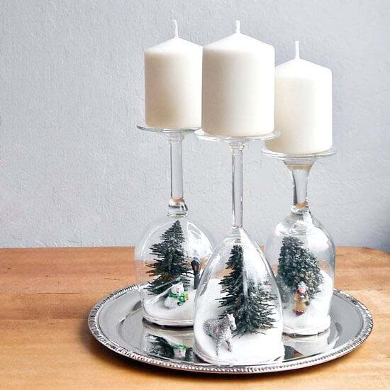 DIY Dollar Store Christmas Decor Crafts with Candles #Christmas #dollarstore #diy #decorhomeideas