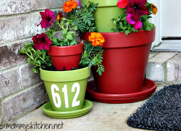 DIY Terra Cotta Tiered Planter #flowerpot #frontdoor #frontporch #decorhomeideas