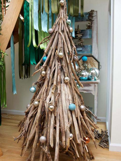 Driftwood Christmas Tree #diy #coastal #christmas #decorhomeideas