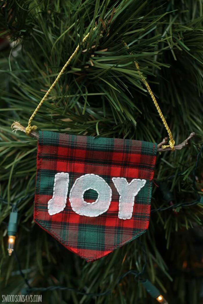 Embroidered Pennant Christmas Ornament #Christmas #rustic #ornaments #decorhomeideas