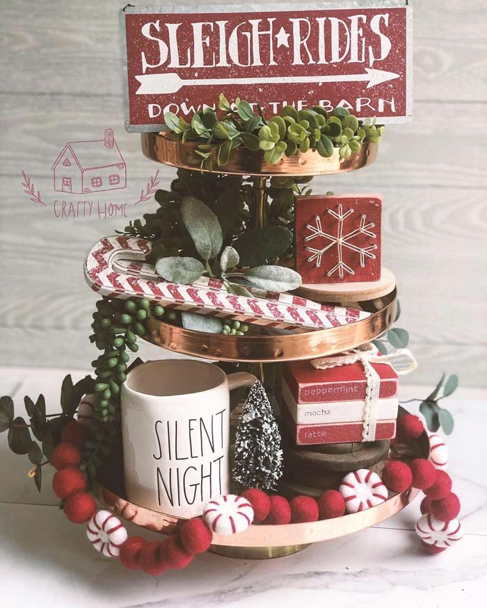 Farmhouse Styled Christmas Tiered Tray #tieredtray #Christmas #decorhomeideas