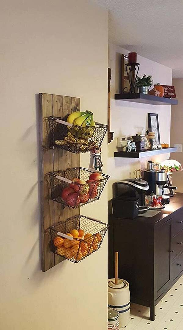 Fruit Baskets Hanging from the Wall #smallkitchen #storage #organization #decorhomeideas