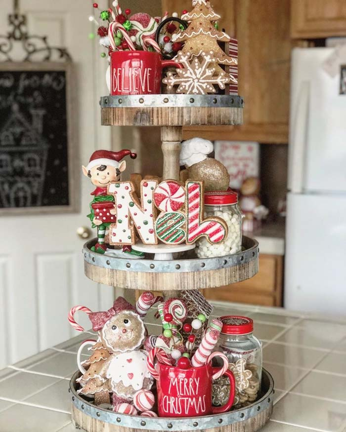 Gingerbread Tiered Tray #tieredtray #Christmas #decorhomeideas