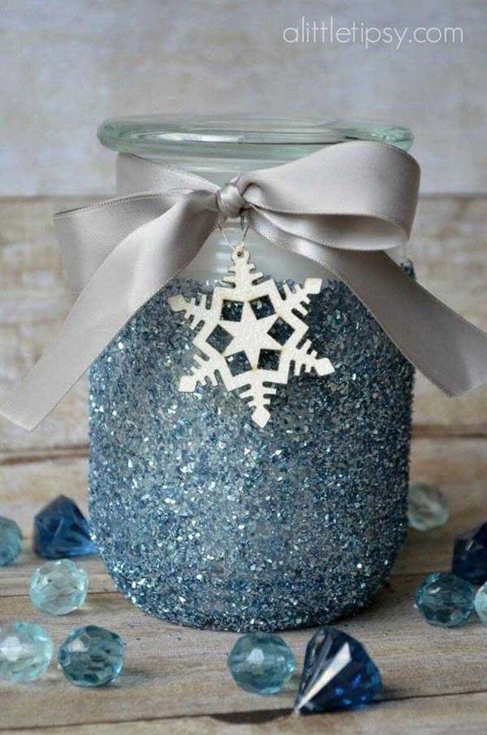Glitter Candle Gift Idea #Christmas #blue #decorations #decorhomeideas