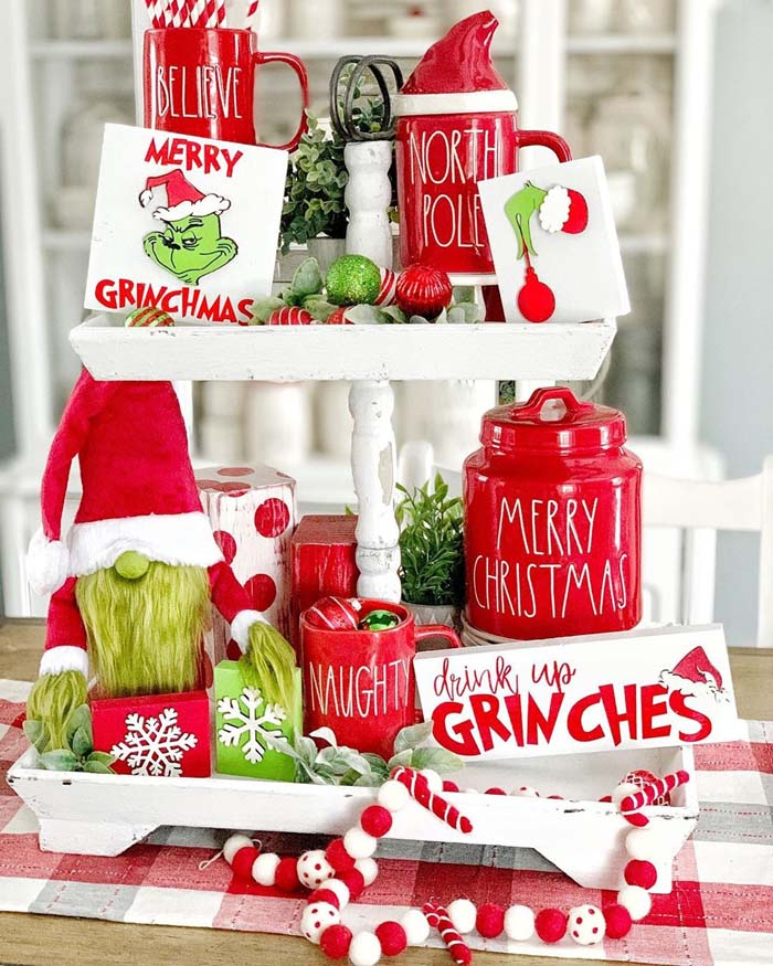Grinch Tiered Tray #tieredtray #Christmas #decorhomeideas