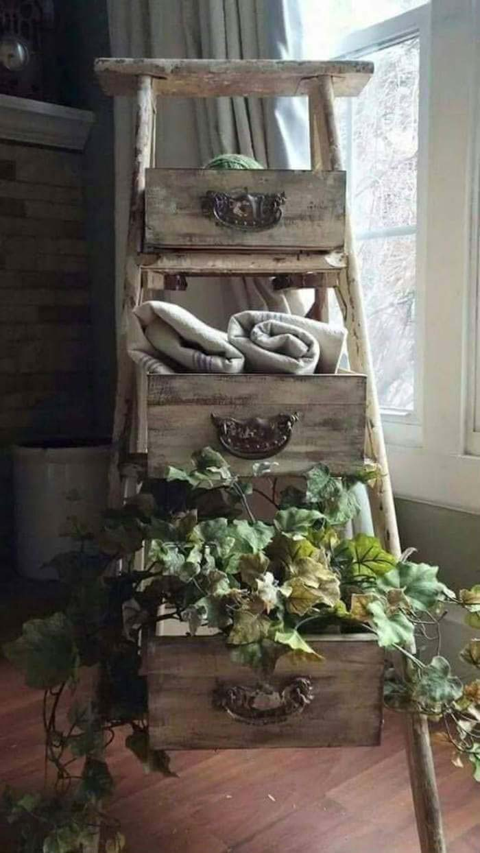 Ladder and Drawers Mean Scenic Storage #diy #ladder #repurpose #decorhomeideas