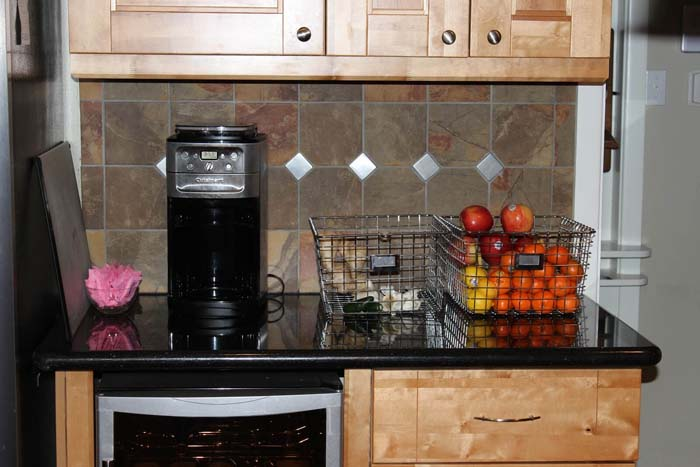 Large Wire Baskets for Fruits and Vegetables #kitchen #countertop #organization #decorhomeideas