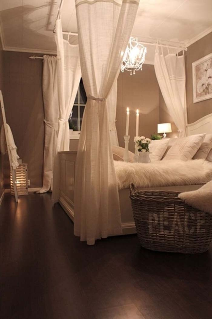 Mock Four-poster Canopy Bed With Linen Drapes #bedroom #vintage #decor #decorhomeideas