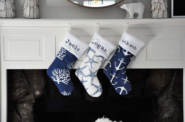Nautical Christmas Stockings #diy #coastal #christmas #decorhomeideas