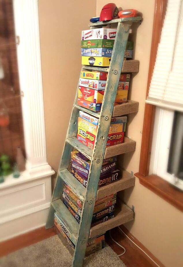 Party-Ready Board Game Display #diy #ladder #repurpose #decorhomeideas