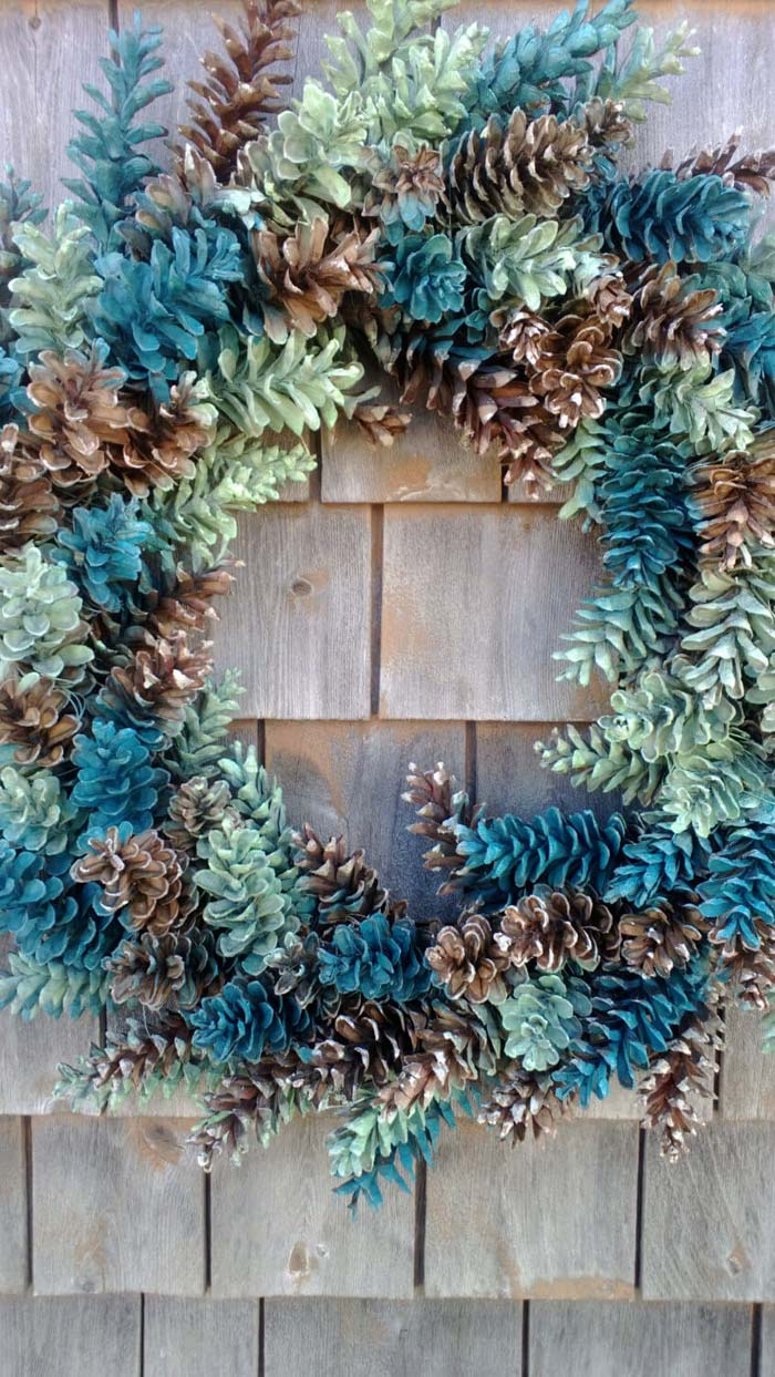 Pinecone Wreath With Ocean Blue and Greens #Christmas #blue #decorations #decorhomeideas