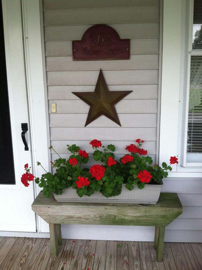 Rustic Wooden Bench with Flower Box #flowerpot #frontdoor #frontporch #decorhomeideas