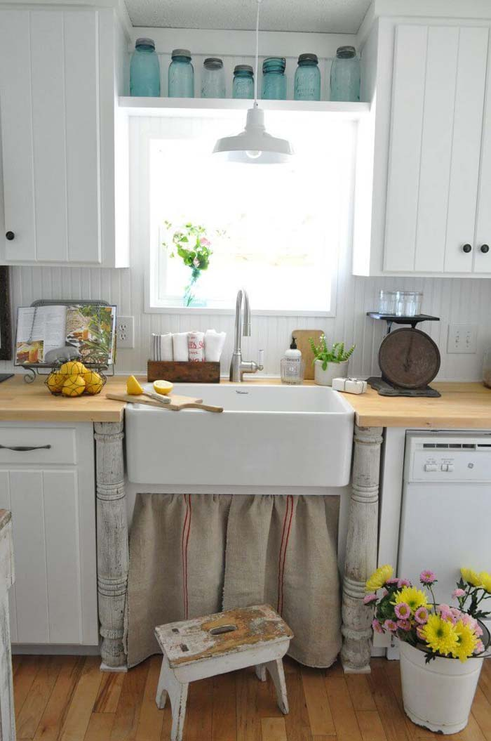 Simple Paneled White Cabinets with Black Hardware #farmhouse #kitchen #cabinet #decorhomeideas