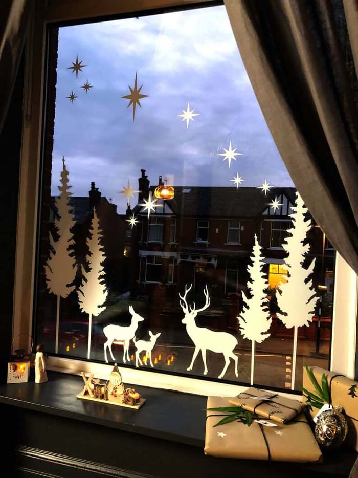 Stag Forest Christmas Window Decal #Christmas #window #decorations #decorhomeideas