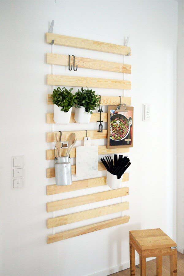 Turn A Bed Slat Into A Wall Hanger #smallkitchen #storage #organization #decorhomeideas