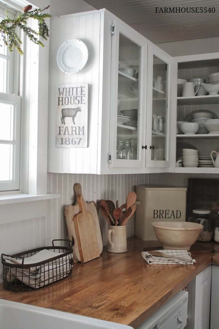 White Paneling Open-Face Farmhouse Cabinets #farmhouse #kitchen #cabinet #decorhomeideas