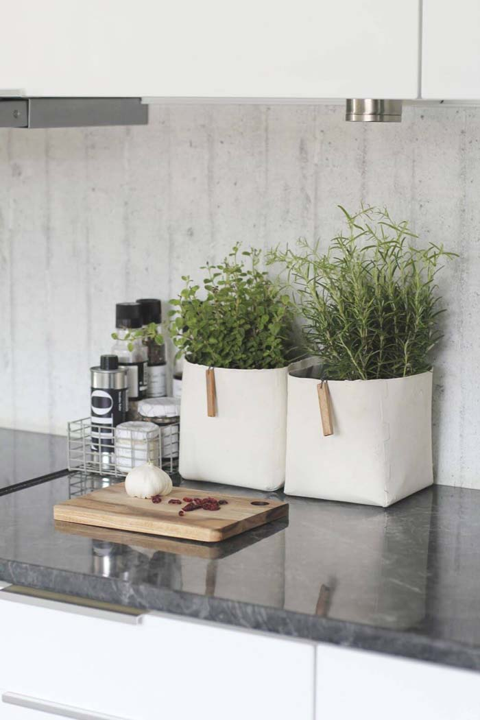 Wire Basket for Oils and Herb Plants #kitchen #countertop #organization #decorhomeideas