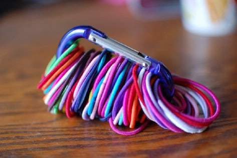 Use A Carabiner To Get Your Hair Ties Organized #organization #storage #home #decorhomeideas