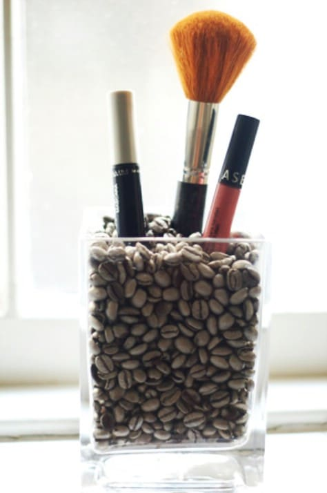 Fill A Vase With Coffee Beans For Your Brushes #organization #storage #home #decorhomeideas