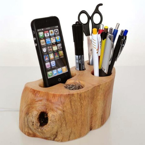 Create An Organizer Out Of A Tree Stump #organization #storage #home #decorhomeideas
