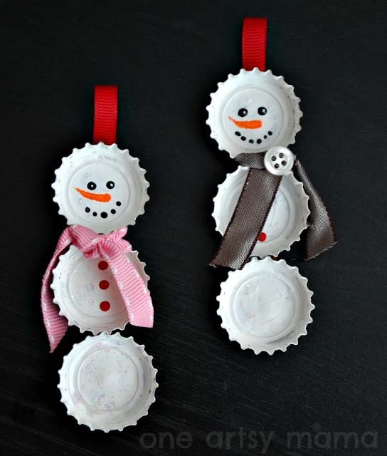 Bottle Cap Snowman Ornaments #Christmas #ornaments #kids #diy #decorhomeideas