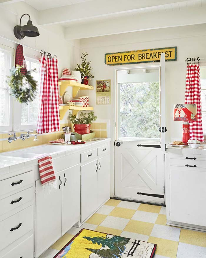 Bright And Cheery Christmas Kitchen