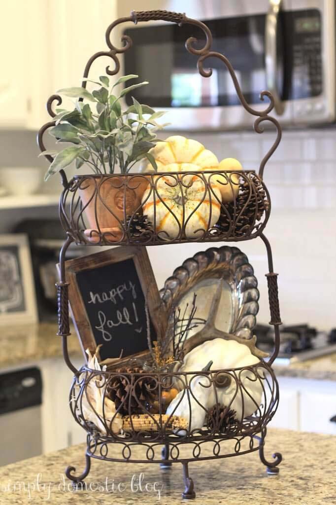 Cafe Style Wire Display Basket #frenchcountry #decor #decorhomeideas