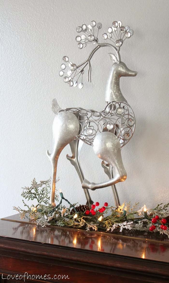 Delicate Silver Stag Figurine #Christmas #silver #decorations #decorhomeideas