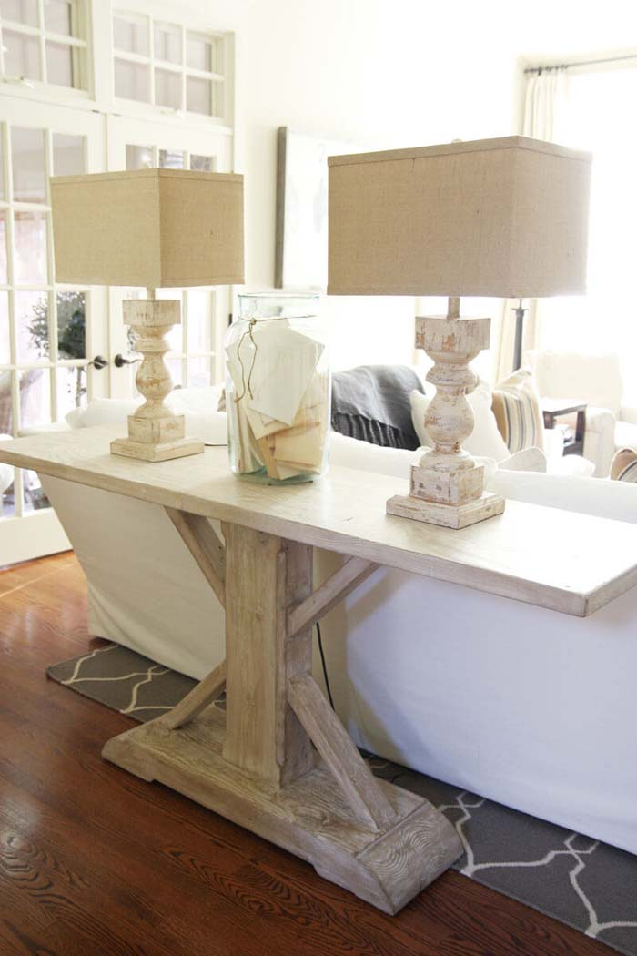 Estate Style Pedestal Sofa Table #sofatable #decorhomeideas