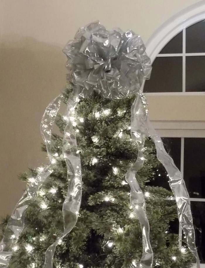 Extra Large Christmas Tree Bow Topper #Christmas #silver #decorations #decorhomeideas