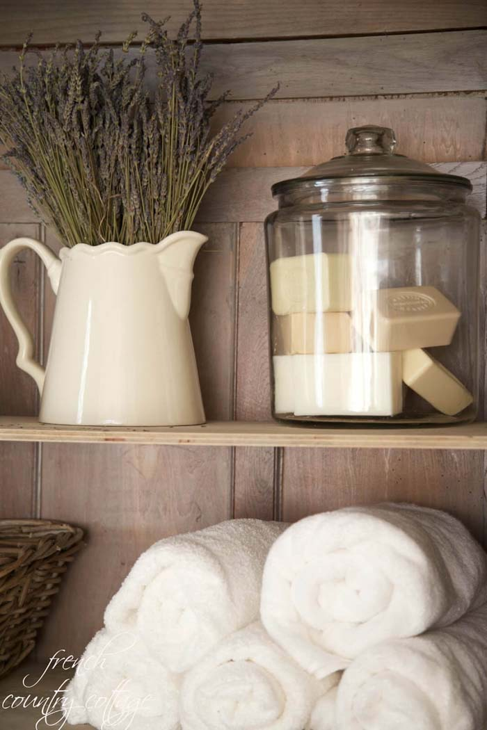 French Country Bathroom or Linen Closet Display #frenchcountry #decor #decorhomeideas