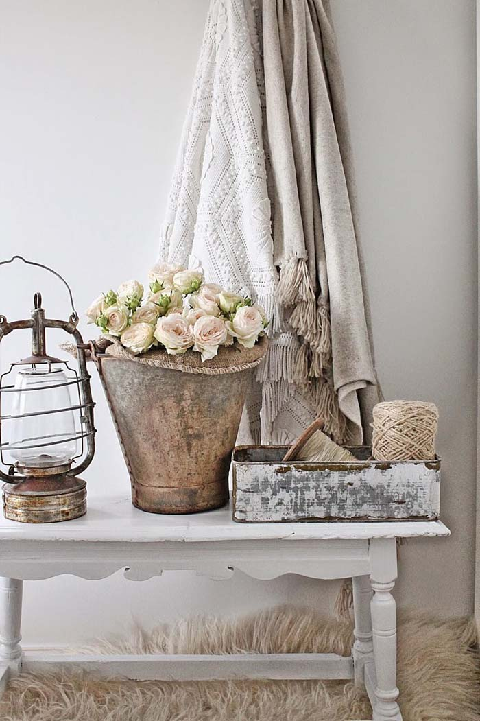 French Country Decor Ideas for the Entryway #frenchcountry #decor #decorhomeideas