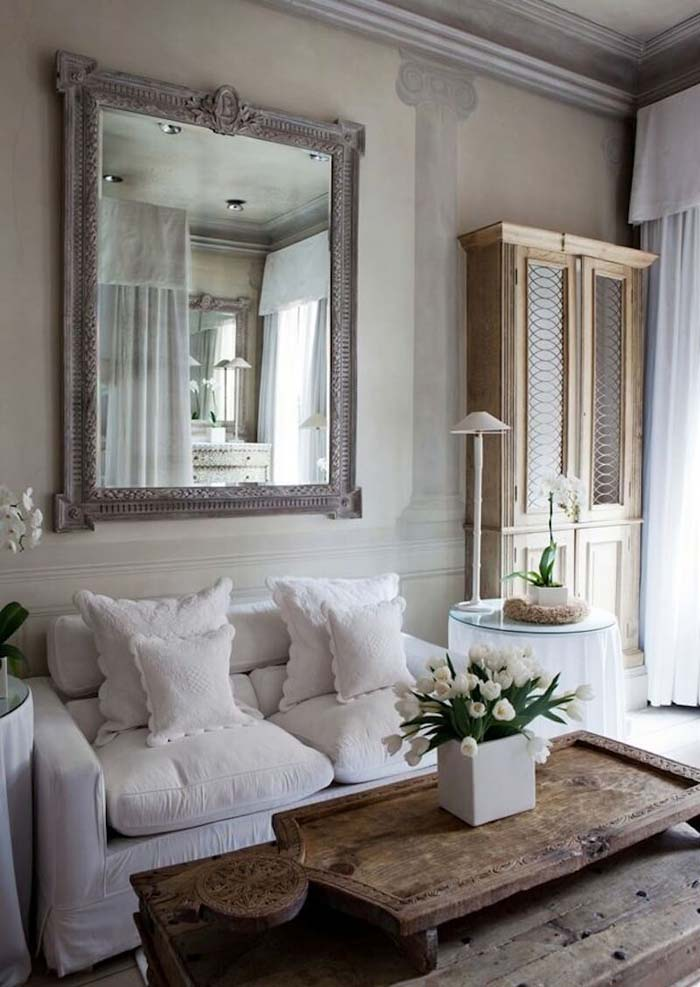 French Country Livingroom with Fresco Wall Painting #frenchcountry #decor #decorhomeideas