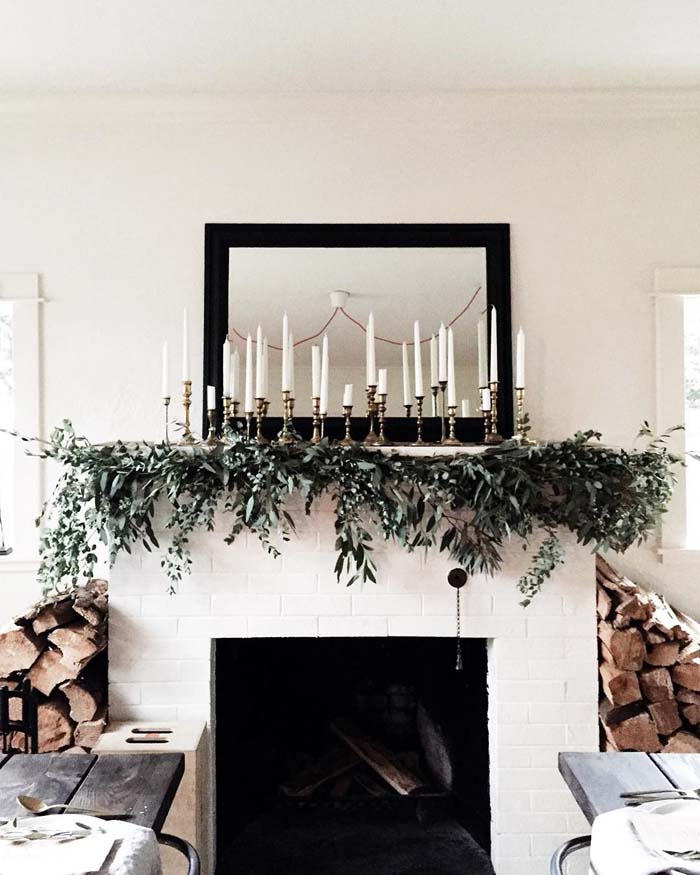 Fresh Garland Decor #Christmas #minimalist #decor #decorhomeideas