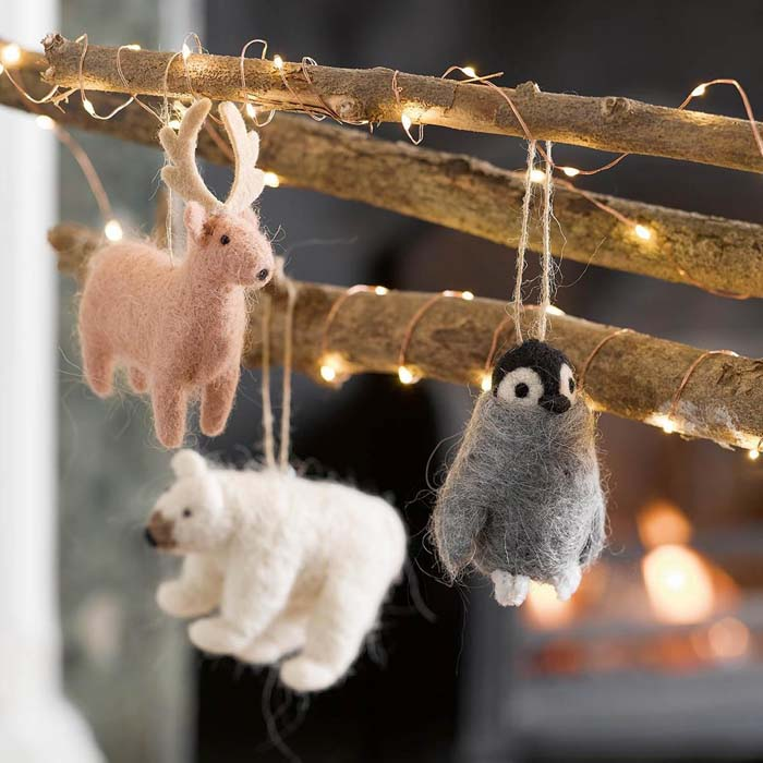 Nordic Felt Christmas Decorations #Christmas #ornaments #rustic #decorhomeideas