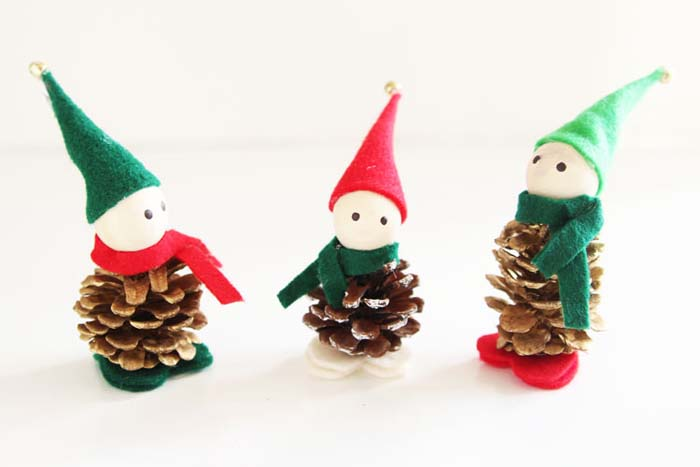 Pinecone Elfs #Christmas #ornaments #kids #diy #decorhomeideas