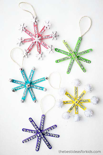 Popsicle Stick Snowflake Ornaments #Christmas #ornaments #kids #diy #decorhomeideas