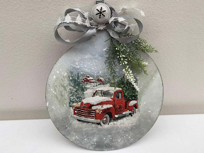 Red Truck Ornament #Christmas #ornaments #rustic #decorhomeideas