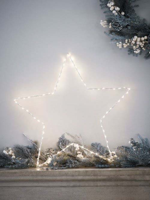 Twinkly Lights #Christmas #minimalist #decor #decorhomeideas
