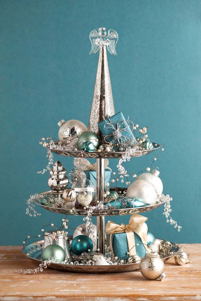 Vintage Silver Dessert Stand With Angel Topper And Heirloom Ornaments #Christmas #cakestand #decorhomeideas