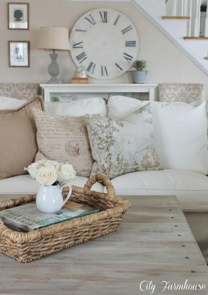 White Linen Couch and Barnwood Coffee Table #frenchcountry #decor #decorhomeideas