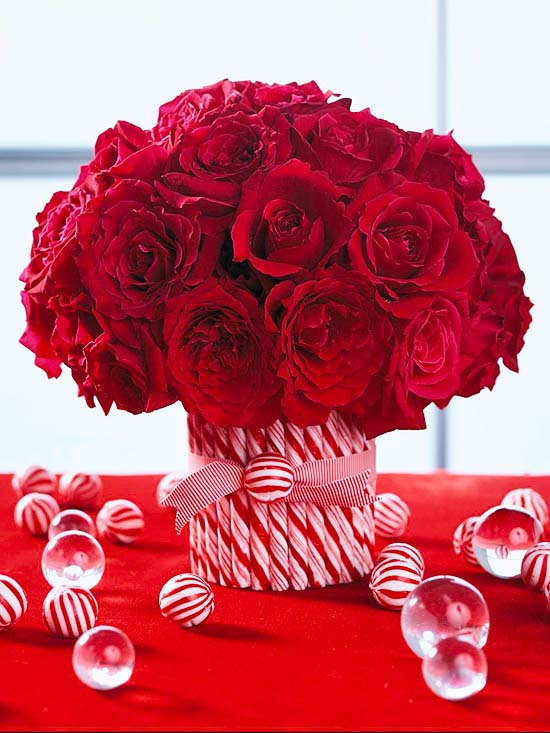 Candy Cane Floral Centerpiece #Christmas #cheap #elegant #decorhomeideas
