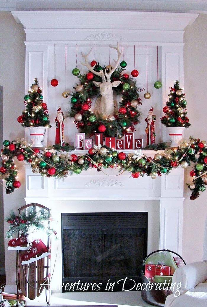 Classic Red and Green Ornaments and Greenery #Christmas #mantel #decorhomeideas